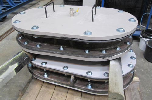 Sea chest cover assemblies.